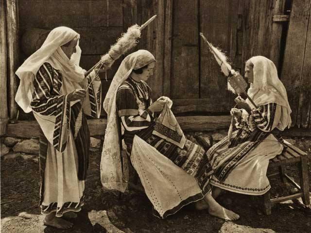 Sursă: Arhiva Muzeul Ţăranului Român
